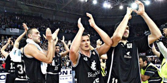 El Bizkaia arrasa al Real Madrid y se queda a un paso de la final de la ACB