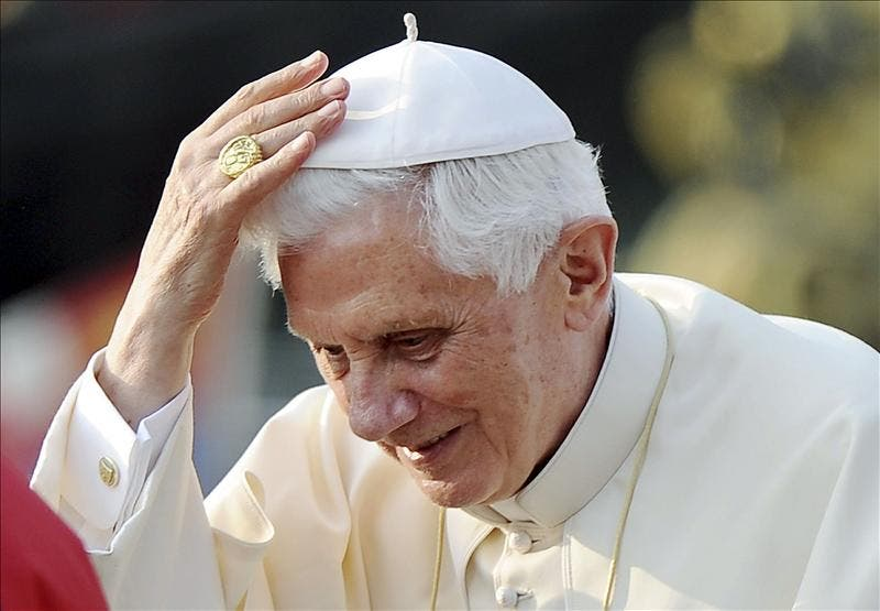 El Papa 'tuitea' al inaugurar la nueva página web del Vaticano