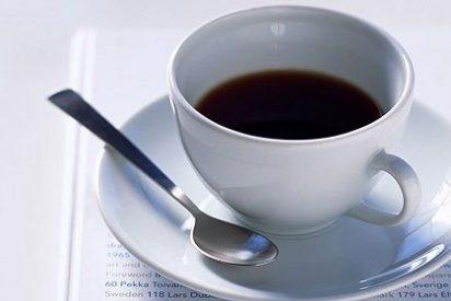 Andese con cuidado porque tomar cinco cafés al día produce alucinación