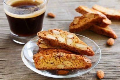Receta de cantucci: galletas de almendras de la Toscana