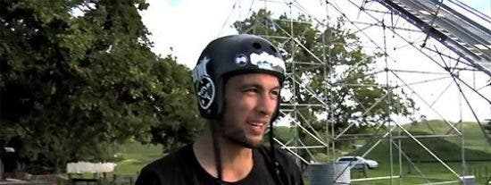 Video: El primer triple salto mortal de la historia... ¡en bicicleta!