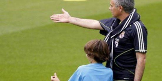 """Fernando Burgos: """"Mourinho echó a Valdano y metió a su hijo"""""""