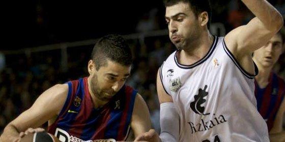 El Regal Barcelona arrolla al Bizkaia Bilbao Basket en el Palau (74-64)