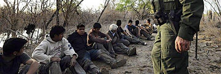 """John McCain culpa a los """"sin papeles"""" de los incendios en Arizona"""