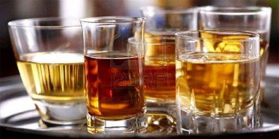 Los diez mejores whiskies que puede usted beber sin arruinarse