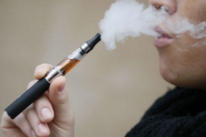 Miles de personas están dejando de fumar con el cigarrillo electrónico