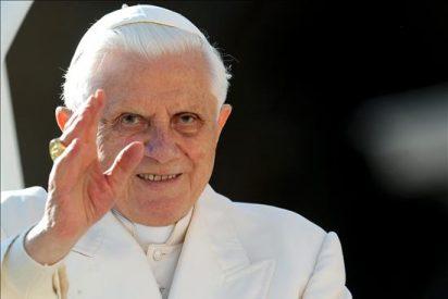 Benedicto XVI recalca que la Iglesia no es sólo una organización filantrópica