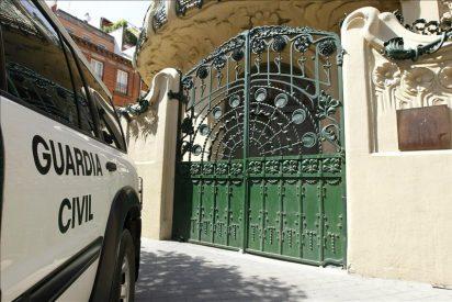 La sede de la SGAE, cerrada a cal y canto y sin presencia policial