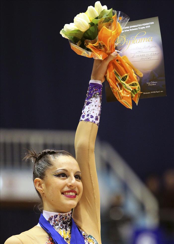 La gimnasta Carolina Rodríguez se pone a prueba en La Coruña pensando en los Mundiales