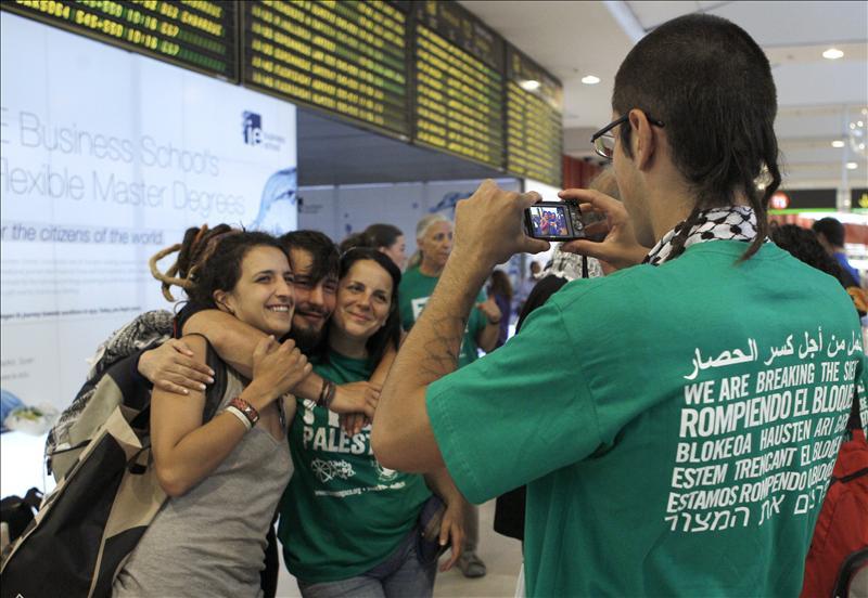 Autoridades griegas impiden al barco con españoles zarpar hacia Gaza