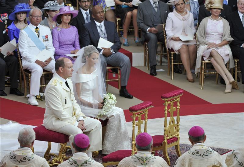 Cinco años de noviazgo y dos bodas para afianzar el futuro de Mónaco