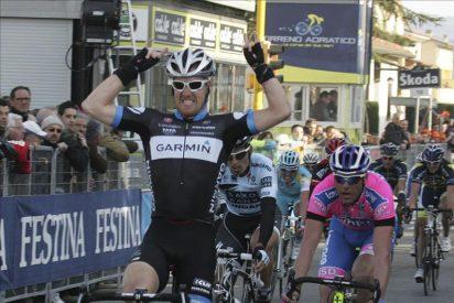 Tyler Farrar (Garmin) gana la etapa al esprint y Hushovd retiene el liderato