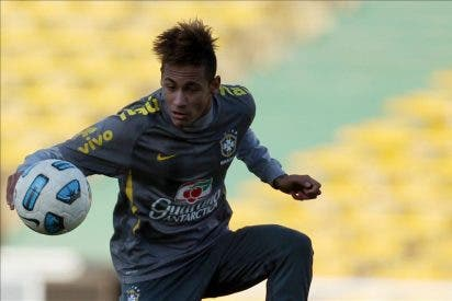 El representante de Neymar confirma una reunión con el Real Madrid y un acuerdo sobre el salario