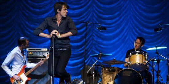 Los británicos Suede triunfan en la noche indie rock del BBK Live 2011