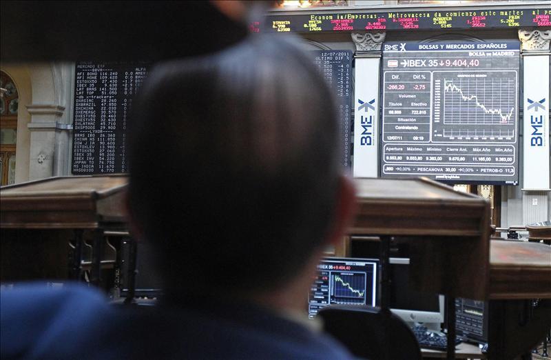 La prima de riesgo de España gana cinco puntos básicos y sube a 319