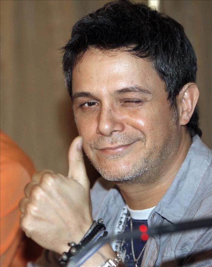 Alejandro Sanz anuncia el nacimiento de su tercer hijo, Dylan