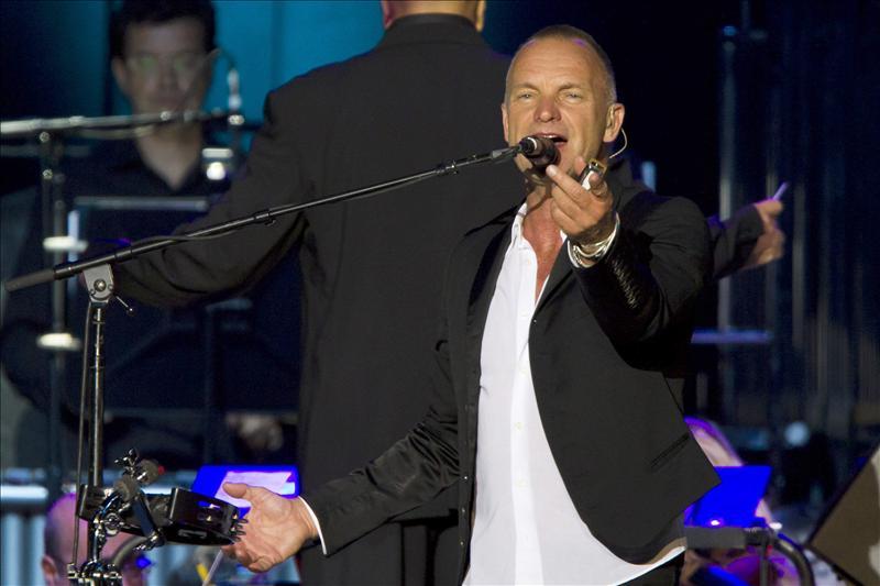 Sting y su Symphonicity conquistan a 12.000 personas en Canarias