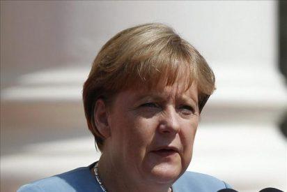 Merkel afirma que sigue