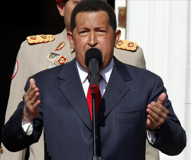 El presidente Chávez viajará a La Habana para someterse a quimioterapia