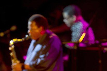 Vitoria disuelve su 35 Festival de Jazz en el universo sonoro de Miles Davis