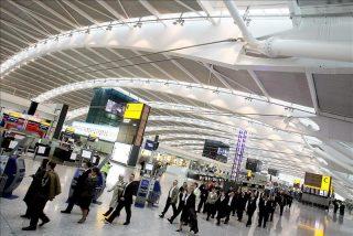 El aeropuerto de Londres-Heathrow permitirá líquidos en cabina