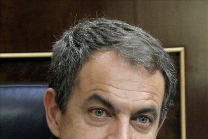 ZP retrasa tres años las elecciones