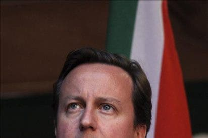 Cameron comparece hoy en el Parlamento por el escándalo de las escuchas