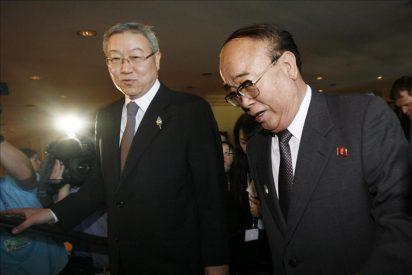 Clinton quiere que mejore el diálogo entre las dos Coreas antes de negociar