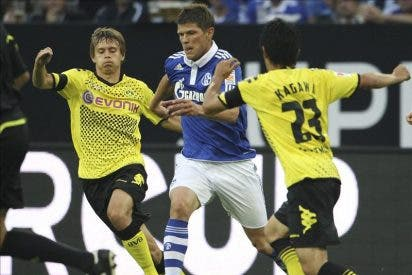 0-0. El Schalke de Raúl gana la Supercopa de Alemania en la tanda de penaltis