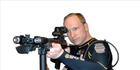 """El presunto autor de los ataques en Noruega considera que fueron """"necesarios"""""""