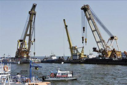 """Hallados otros tres cadáveres en el barco de recreo """"Bulgaria"""" hundido en el Volga"""