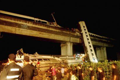 Un accidente con 35 muertos aumenta las dudas sobre la red de alta velocidad china