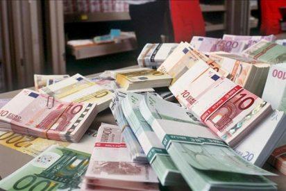El euro baja a 1,4344 dólares por la mañana en Fráncfort