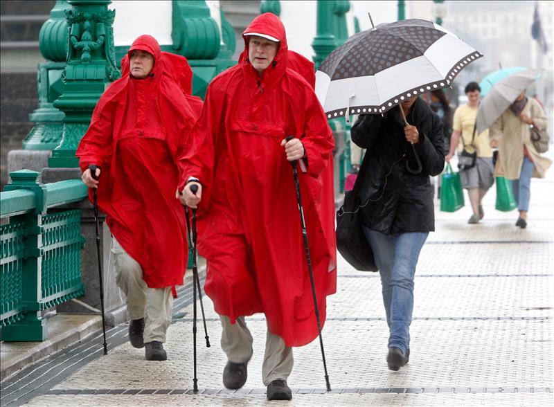 El calor o la lluvia ponen en alerta a cuatro comunidades autónomas