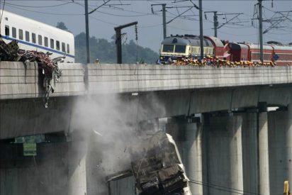 Atribuyen la causa del accidente de los trenes de alta velocidad a un fallo del sistema de señalización