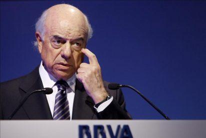 ¿Se inventa 'El País' que el presidente del BBVA apoya a Rajoy?