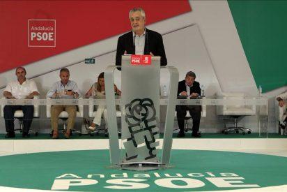 Una encuesta en Andalucía reduce a 7 puntos la desventaja del PSOE con el PP