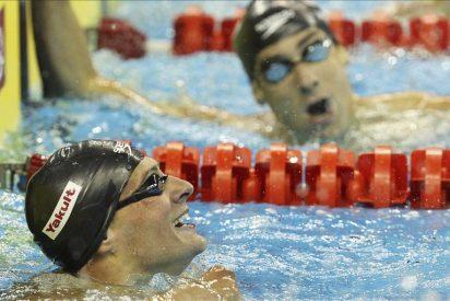 La rivalidad entre Lochte y Phelps propicia un nuevo récord del mundo