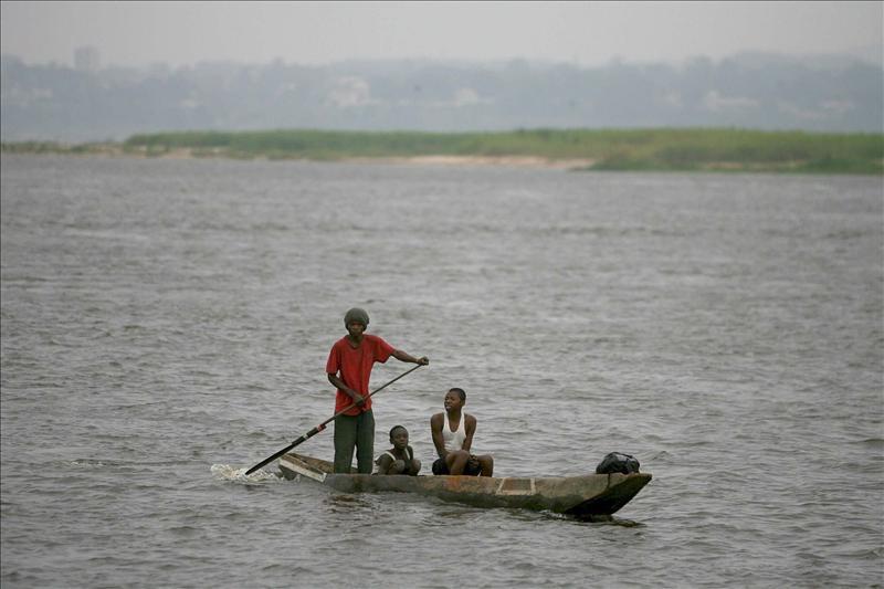 Ciento cuarenta personas mueren en el naufragio de una embarcación en un afluente del río Congo
