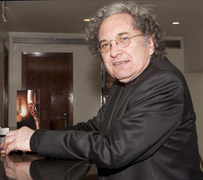 El argentino Ricardo Piglia gana el Premio Hammet de novela negra