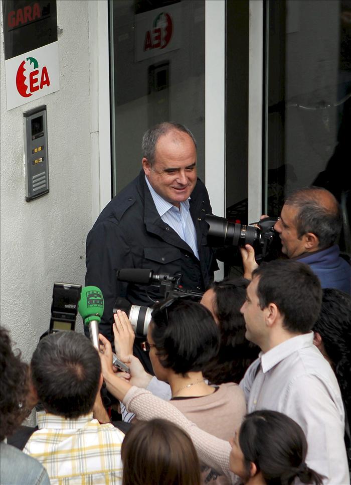 Egibar (PNV) espera que el adelanto de los comicios no afecte al proceso de paz