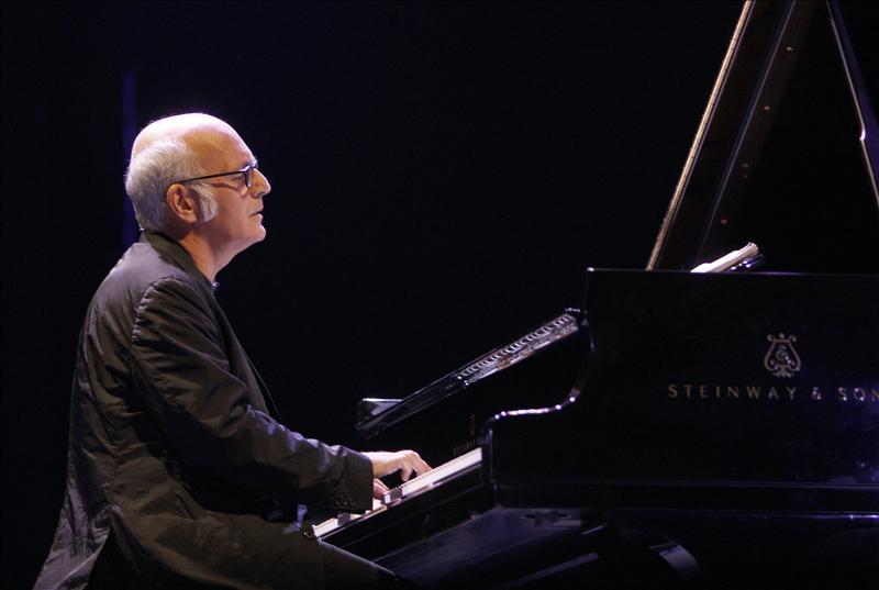 Ludovico Einaudi amansa a los madrileños en Los Veranos de la Villa