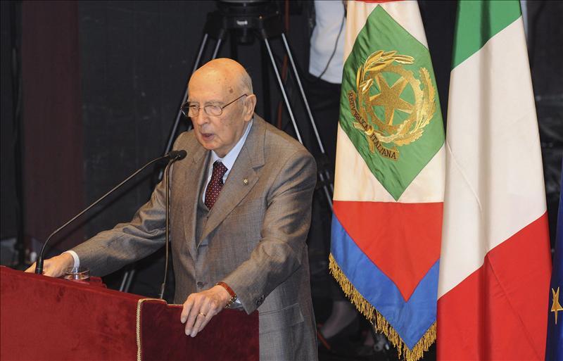 El presidente de la República italiana renuncia al aumento de sueldo