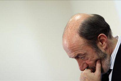 Rubalcaba asegura que no se va a esconder de lo hecho por Zapatero