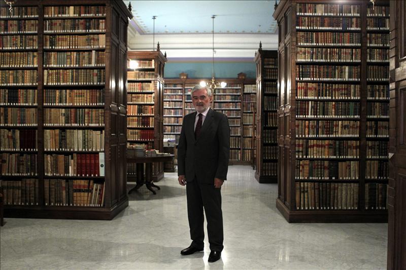 La Academia crea una unidad para canalizar las críticas sobre el Diccionario