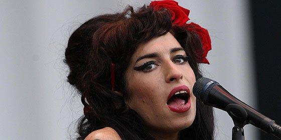 """""""Buenas noches, que duermas bien"""", el adiós a Winehouse de su padre"""