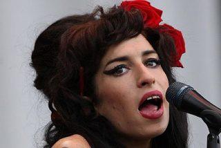 La cantante británica Amy Winehouse aparece muerta en su piso