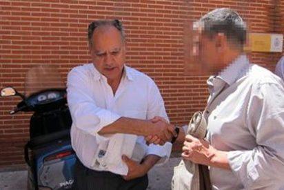 Rubalcaba recibe una carta de la oposición gomera para que expulse a Curbelo del Cabildo