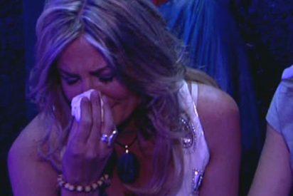 """María José Galera ('GH1') sufre un ataque de ansiedad en directo al enterarse de que su marido ha sido detenido por """"delitos graves"""""""