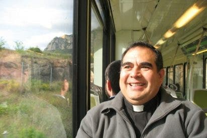 «Como obispo soy más pobre, pero más libre»